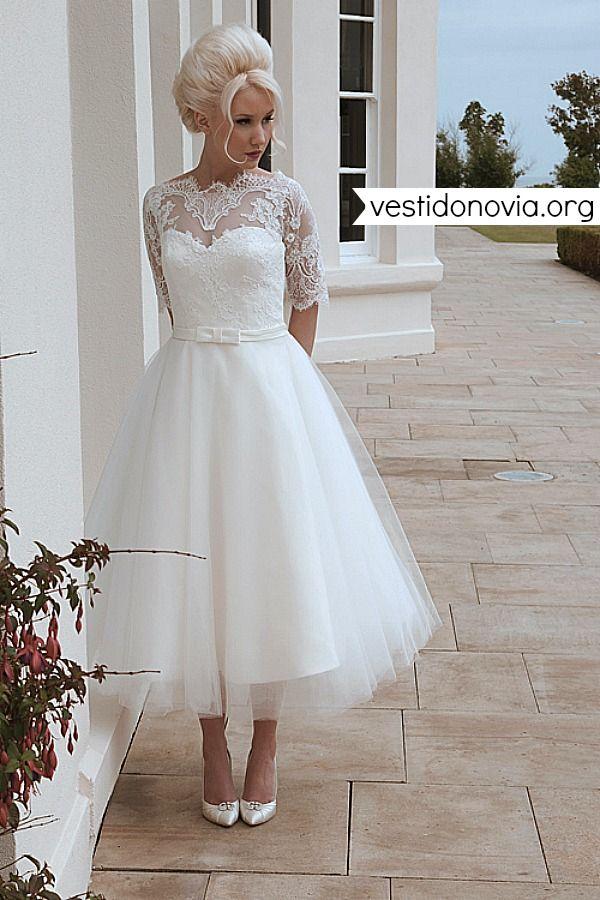Vestido de novia corto de tul