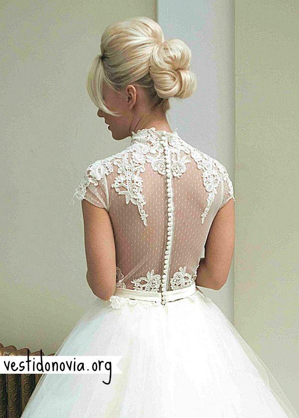 Vestido de novia largo escotado